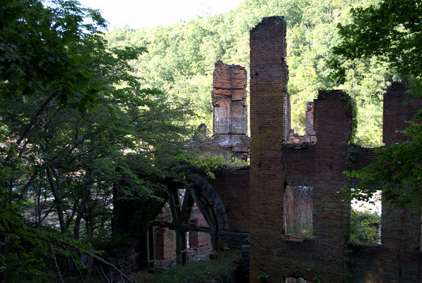 Ruin of new Manchester Manufacturing Company mill